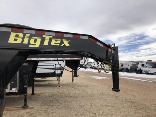 2019 Big Tex Trailers 40 Flatbed Gooseneck w/ Mega Ramps Flatbed Trailer