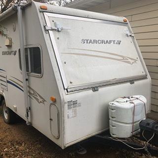 2006 Starcraft 7 x 17 Expandable Camper