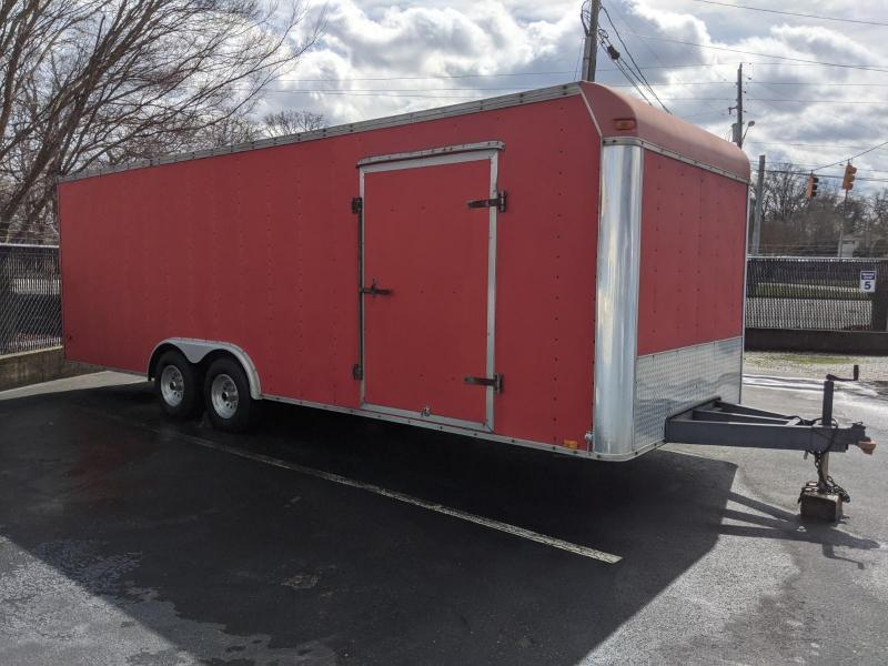 2000 United Trailers 8.5 x 24 Enclosed Car / Equipment Trailer