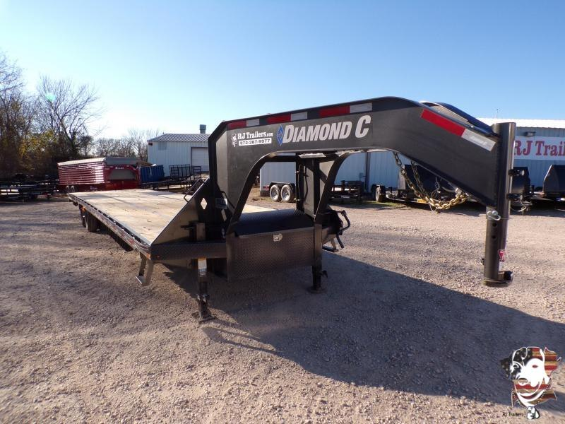 2020 Diamond C Trailers 102 x 40 FMAX 210 Equipment Trailer
