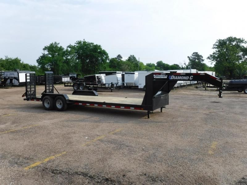 2019 Diamond C 82x24 LPX207 Gooseneck Equipment Trailer