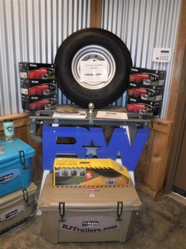 2020 Continental Cargo 8.5 x 28 NS Car / Racing Trailer