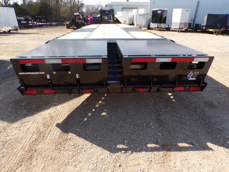 2020 Diamond C Trailers 102 x 40 FMAX216 Equipment Trailer