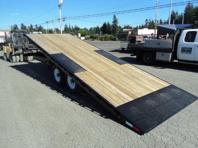 2020 PJ Trailers 8.5x22 16K Deckover Tilt w/Winch Plate