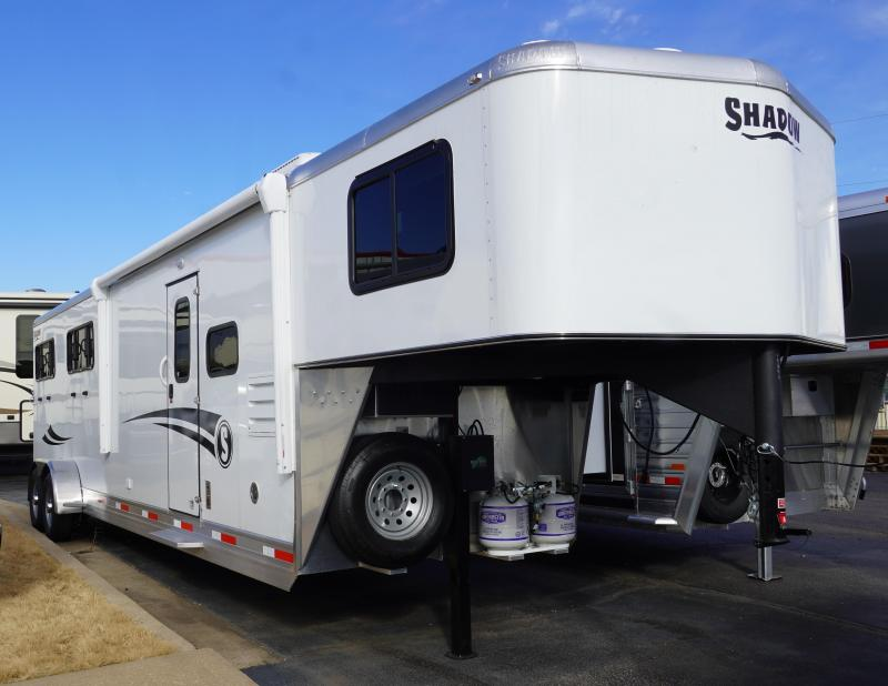 2020 Shadow Trailers 69286S-4SL-GN-E-LQ Horse Trailer