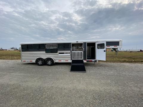 2020 Exiss Exhibitor 7024 10 Pen Livestock Trailer