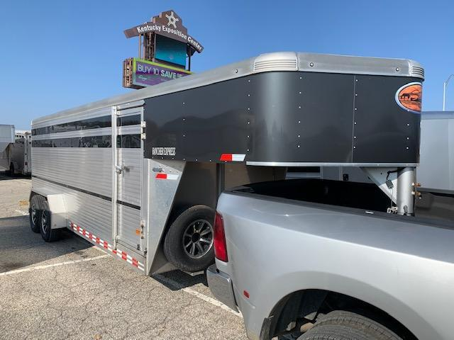 2016 Sundowner Trailers GN Stock Livestock Trailer