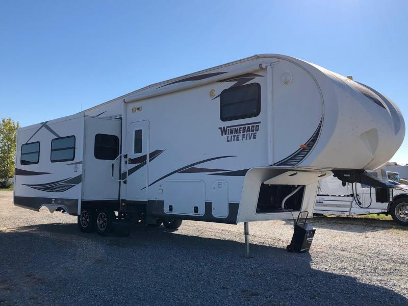 2013 Winnebago Other Lite Five Fifth Wheel Campers RV