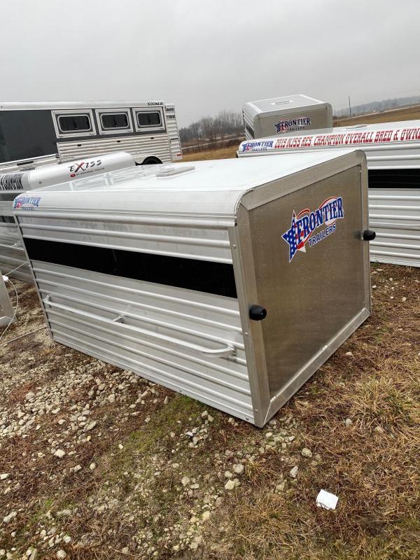 2019 Frontier Truck Livestock Box