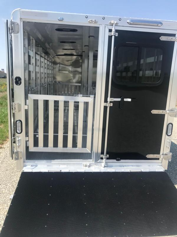 2019 Exiss Exhibitor 7020A 8 Pen Trailer