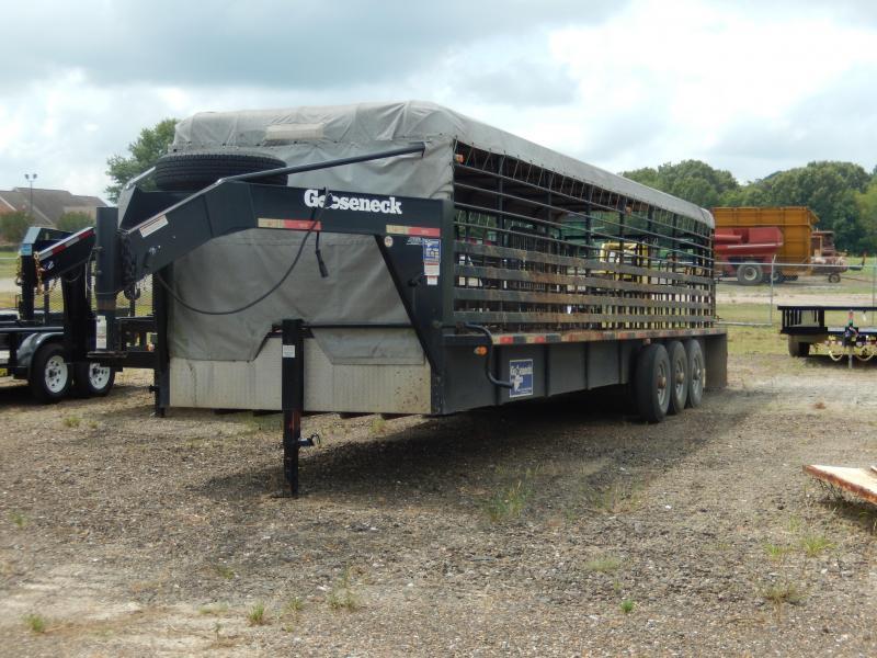 "2015 Gooseneck 32' X 6'8"" STOCK TRAILER Livestock Trailer"