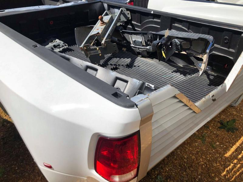 2014 DODGE DUALLY Truck Bed