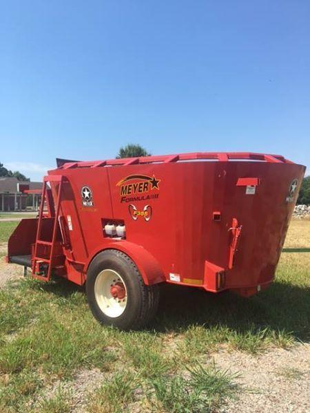 2018 Meyer F355 VERTICAL GRINDER MIXER