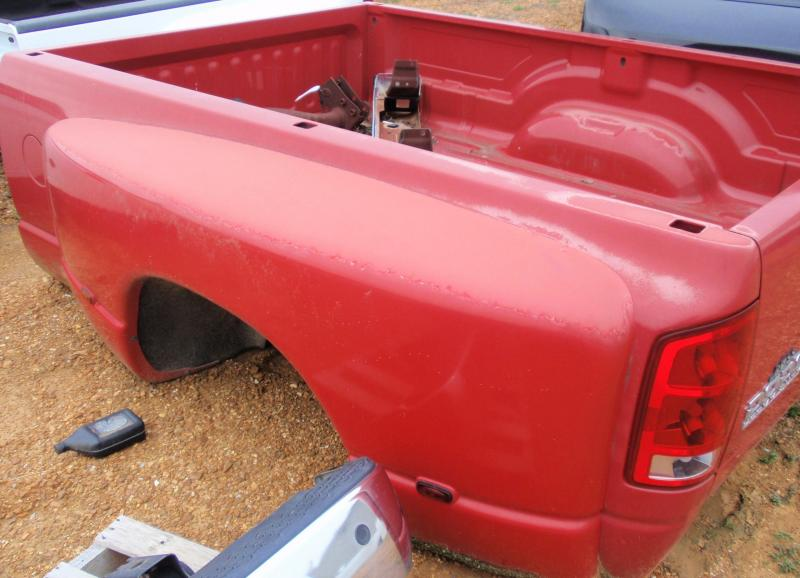 2006 DODGE DUALLY TRUCK BED