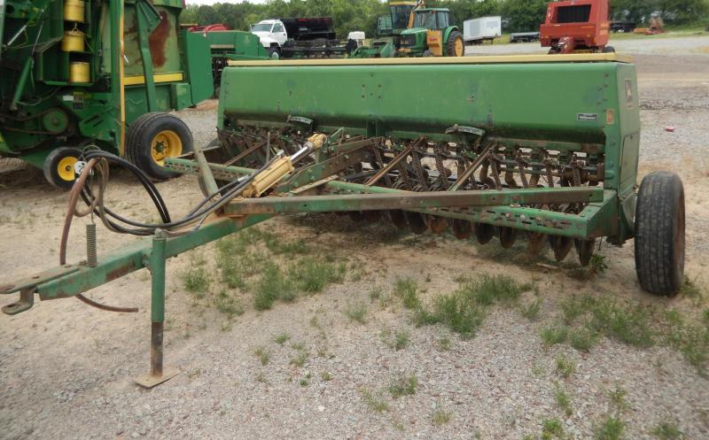 1998 John Deere 8200 Farm / Ranch