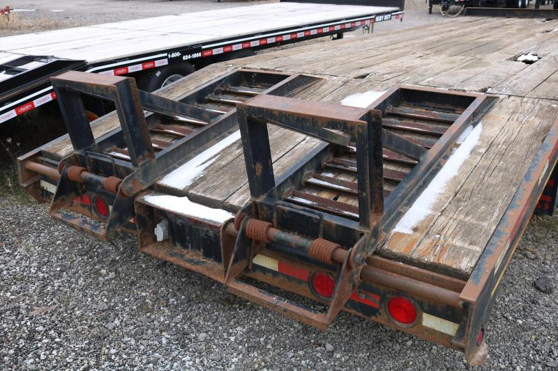 2007 Millennium 25' Equipment Trailer