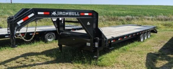 "Iron Bull 102"" x 32' Gooseneck Flatbed Trailer"