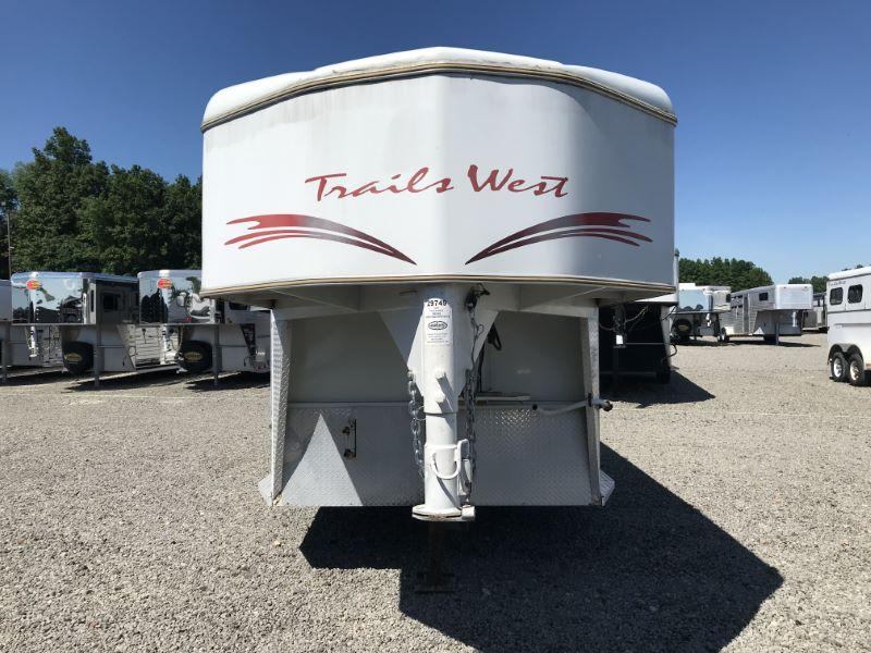 2000 Trails West Manufacturing SR300 Horse Trailer