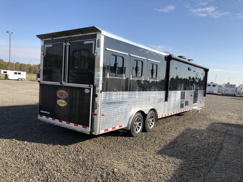 2019 3 HORSE SUNDOWNER GOOSENECK LIVING QUARTERS HORSE TRAILER
