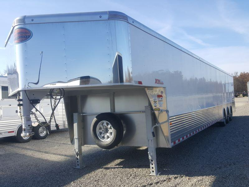 2019 8.6X40 SUNDOWNER GOOSENECK ENCLOSED CAR TRAILER
