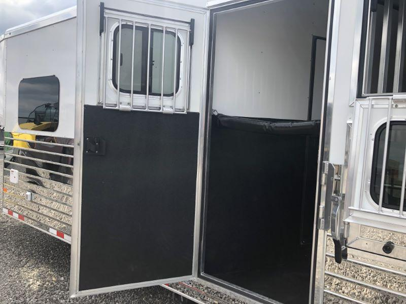 2020 4 HORSE SUNDOWNER GOOSENECK LIVING QUARTERS HORSE TRAILER