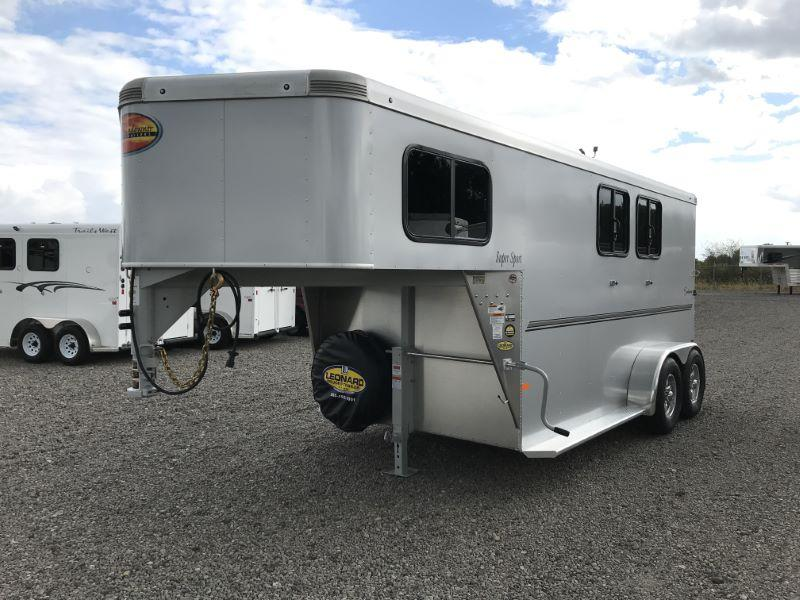 2020 2 HORSE SUNDOWNER GOOSENECK W/DRESS HORSE TRAILER