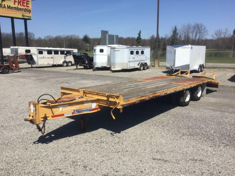 2000 8X20 TRAIL BOSS BUMPER PULL EQUIPMENT TRAILER