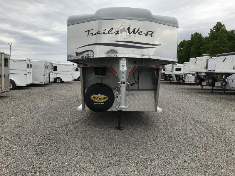 2019 Trails West Manufacturing SANTA FE 21' Horse Trailer