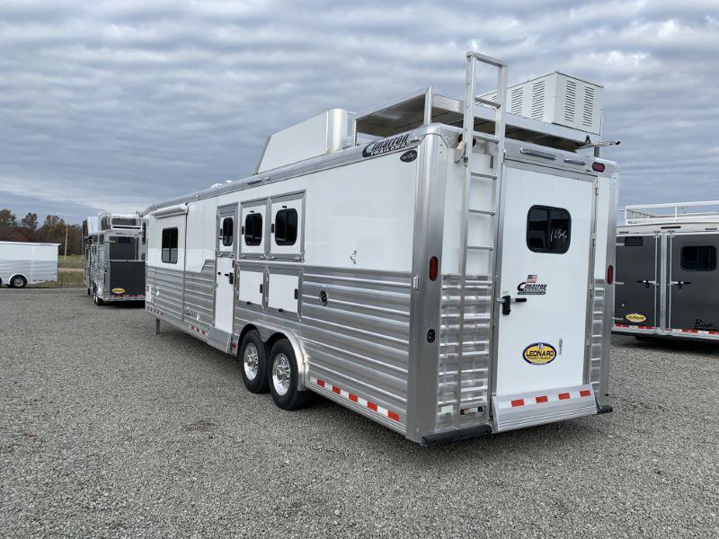 2020 3 HORSE CIMARRON GOOSENECK LIVING QUARTERS HORSE TRAILER