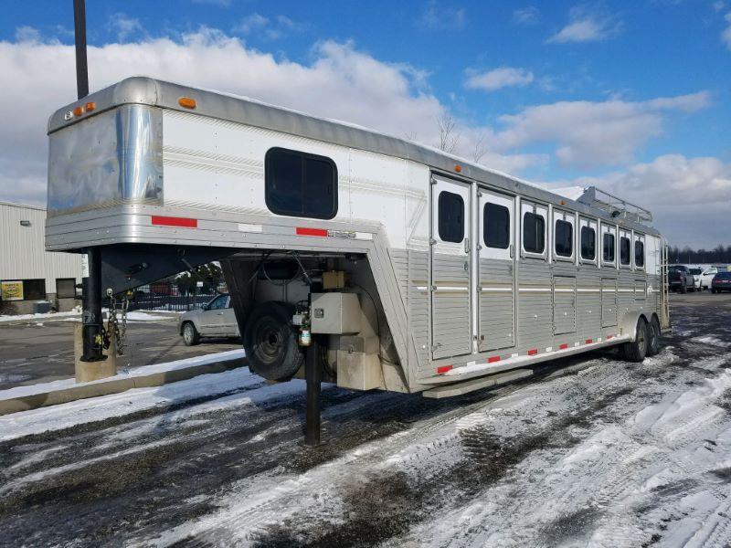 2002 6 HORSE SIDE KICK GOOSENECK HORSE TRAILER