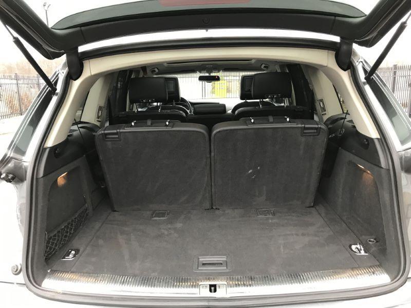 2010 AUDI Q7 SUV