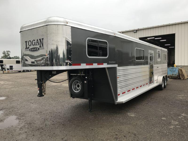 2019 4 HORSE LOGAN COACH GOOSENECK W/DRESS HORSE TRAILER