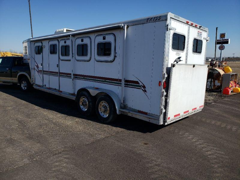 2020 3 HORSE EXISS GOOSENECK W/DRESS HORSE TRAILER