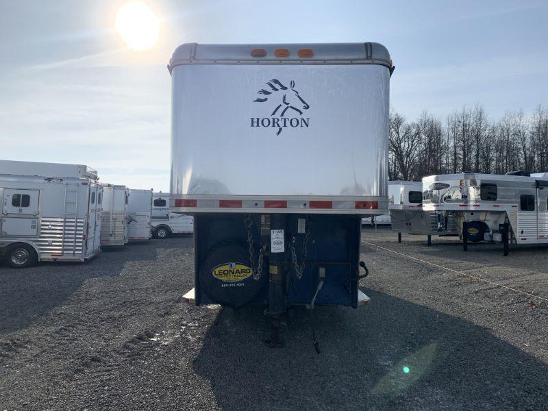 2002 3 HORSE HORTON GOOSENECK W/DRESS HORSE TRAILER