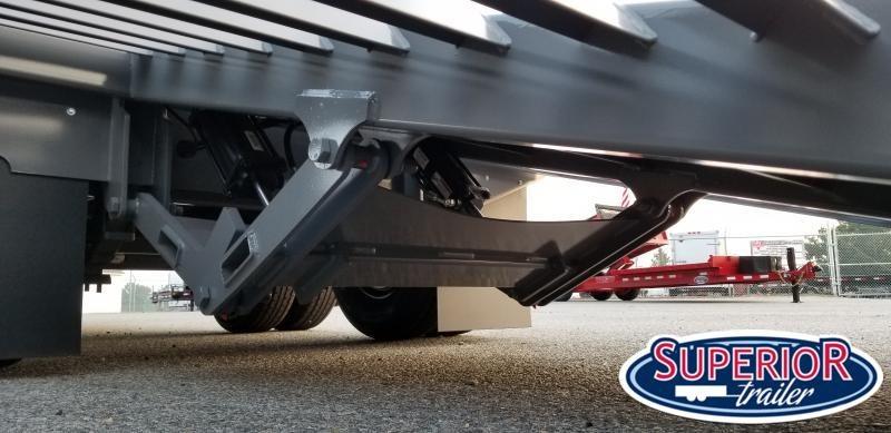 2020 Midsota 32' Low Pro Gooseneck w/ Hydraulic Dovetail