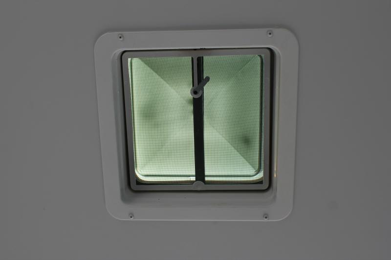 2020 Bravo ALUMINUM Silver Star 8.5X24 10K w/ Full Escape Door