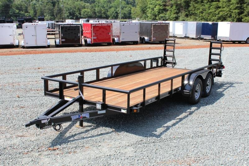 2019 Texas Bragg Trailers 18P w/ Fold Up Ramp