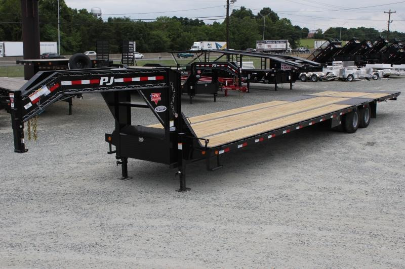 2020 PJ Trailers 40' LY Low Pro 25K Gooseneck w/ Hydraulic Dovetail