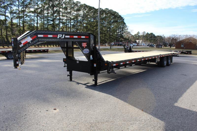2019 PJ 38ft LY Low Pro Gooseneck w/ 12K Axles and Hydraulic Dove