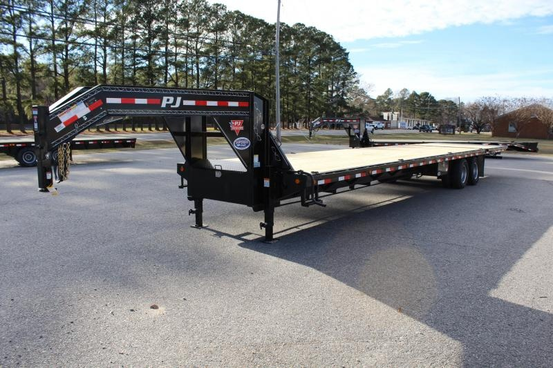 2019 PJ 38ft LY Low Pro Gooseneck w/ 12K Axles and Hydraulic Dove