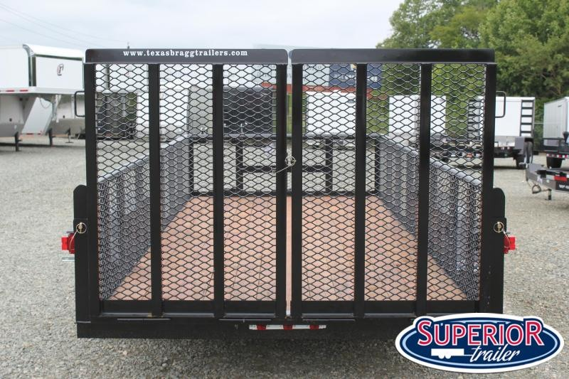 2018 Texas Bragg Trailers 16P 2ft Expanded Sides and Split Gate