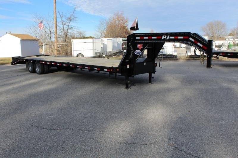 2019 PJ Trailers 32ft FD Gooseneck  w/ 12K Axles and Flip Over Ramps