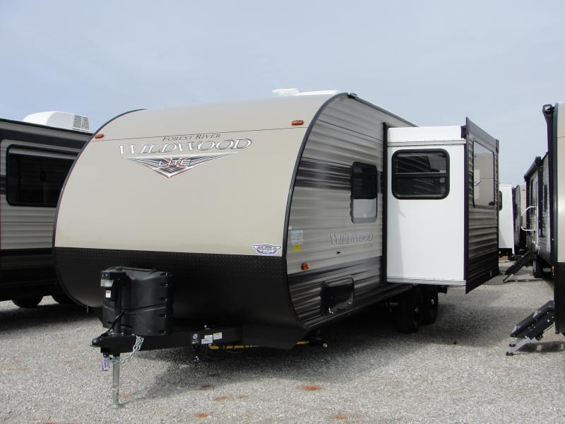 2019 Wildwood X-Lite 233RBXL Travel Trailer