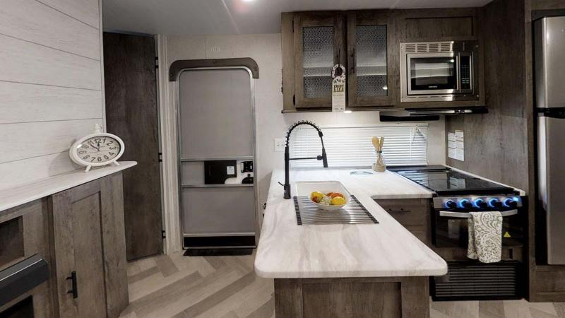 2020 Forest River Inc. Wildwood 31KQBTS Travel Trailer RV