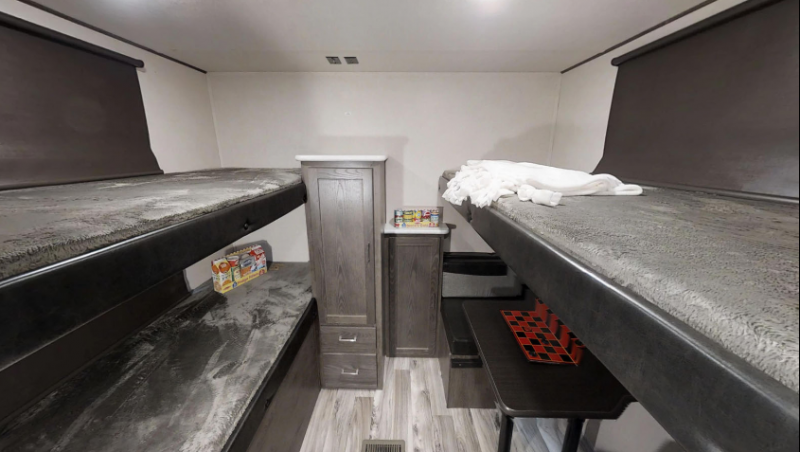 2018 Heritage Glen 29BHHL Travel Trailer
