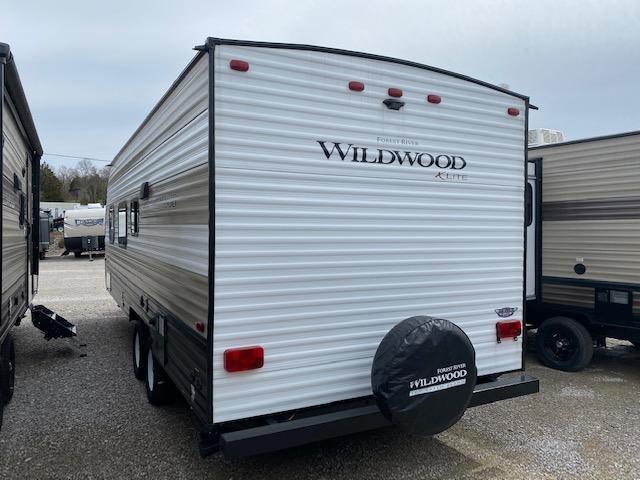 2019 Forest River Inc. Wildwood X-lite 241QBXL Travel Trailer RV