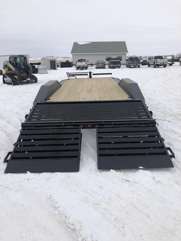 "New Ironbull 102""x20' W / Rampage Ramps 14000#"