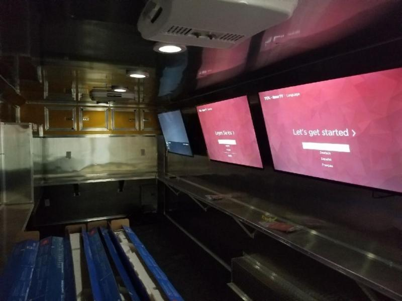 2019 SALVATION 8.5x 22 GAME TRAILER Enclosed Cargo Trailer