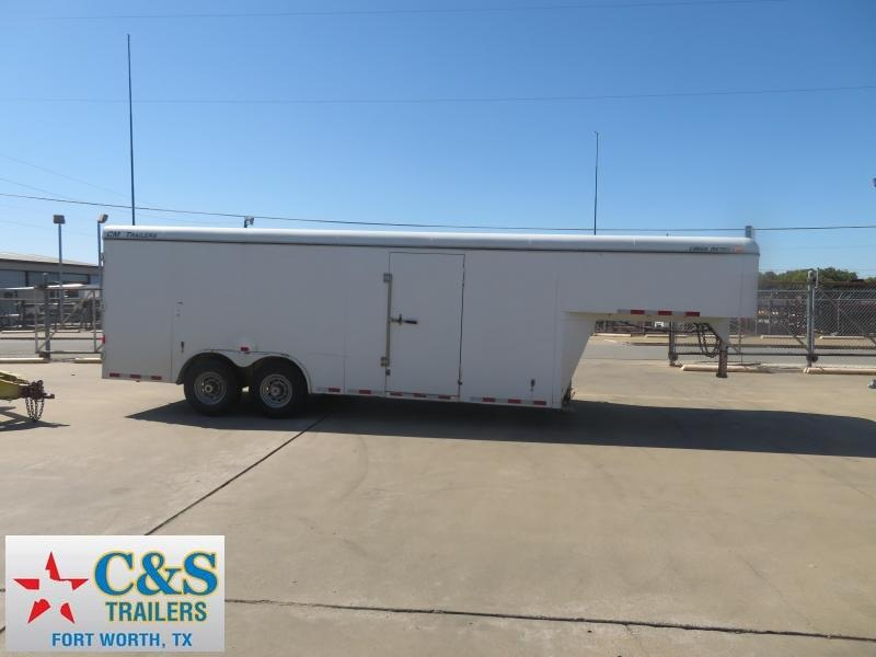 2013 CM 8.5 x 28 GN Enclosed Cargo Trailer