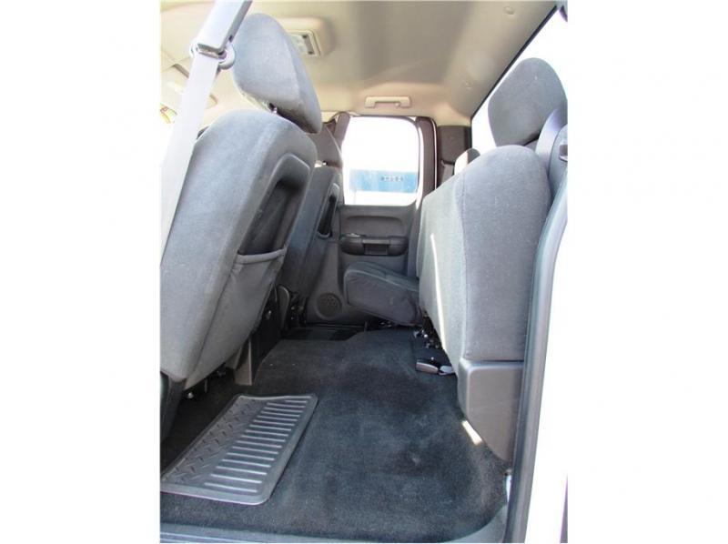 2007 GMC Sierra 2500 HD Extended Cab SLE Pickup 4D 6 1/2 ft